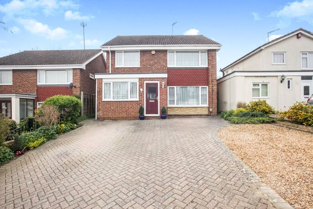 Thumbnail Detached house for sale in Carlisle Close, Dunstable