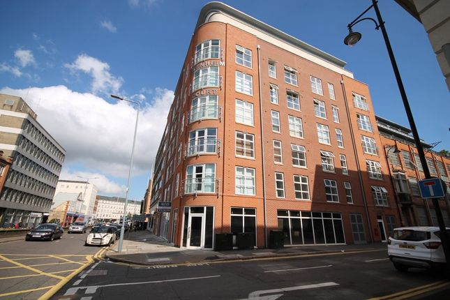 Thumbnail Flat to rent in Blenheim Court, Charles Street, Leicester