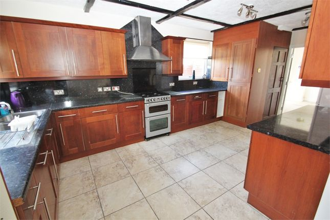 Thumbnail Semi-detached house to rent in Fairway Avenue, West Drayton, Middlesex