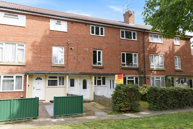 Thumbnail Maisonette for sale in Hemel Hempstead, Herts