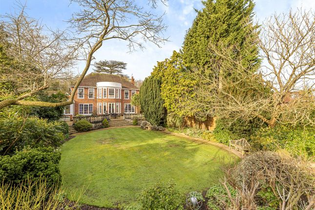 Thumbnail Property for sale in Barham Avenue, Elstree, Borehamwood