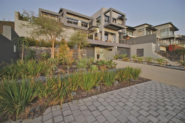 19 Duke Crescent Baronetcy Estate Northern Suburbs Western Cape South Africa 5 Bedroom Detached House For Sale 54580701 Primelocation