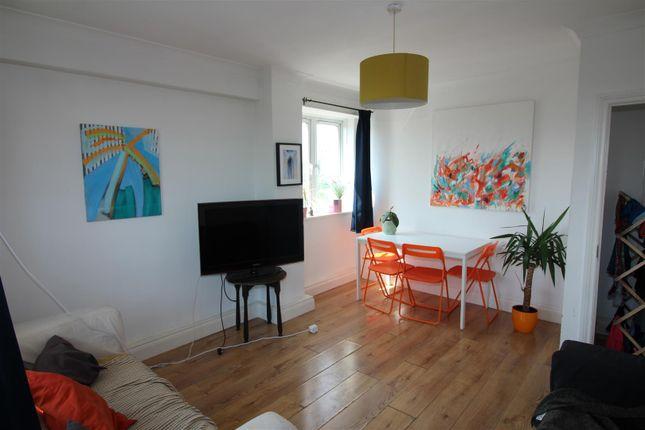 Img_4954 of Dovercourt Estate, London N1