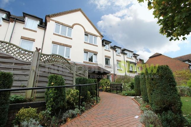 Thumbnail Property to rent in Queens Park West Drive, Bournemouth