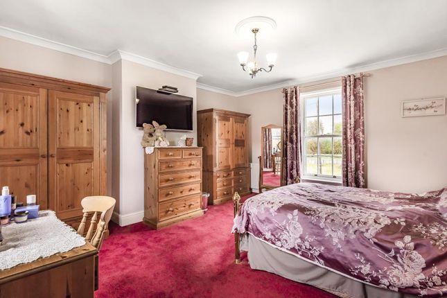 Bedroom of Boxmoor, Hemel Hempstead HP3