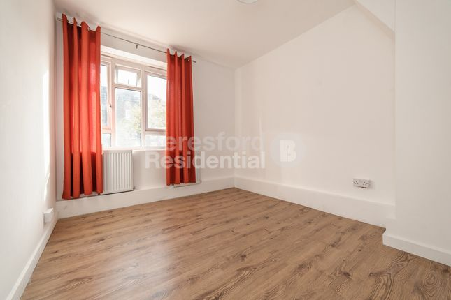 Thumbnail Flat for sale in Dearmer House, Tulse Hill Estate, Brixton