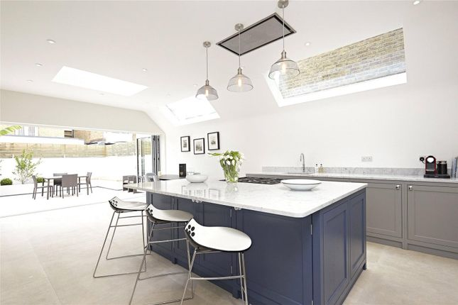 Thumbnail Terraced house for sale in Peterborough Road, Parsons Green, Fulham, London