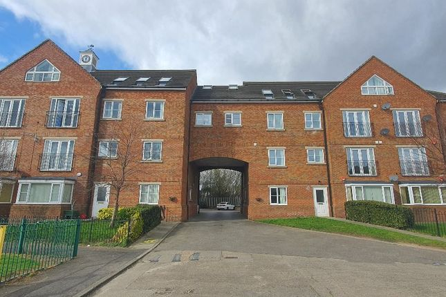 2 bed flat to rent in Wellington Walk, Stockton-On-Tees TS18