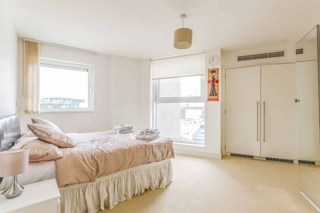 Thumbnail Flat to rent in The Mast, Gallions Reach