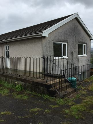 Thumbnail Flat to rent in Banwell Court, Morriston, Swansea