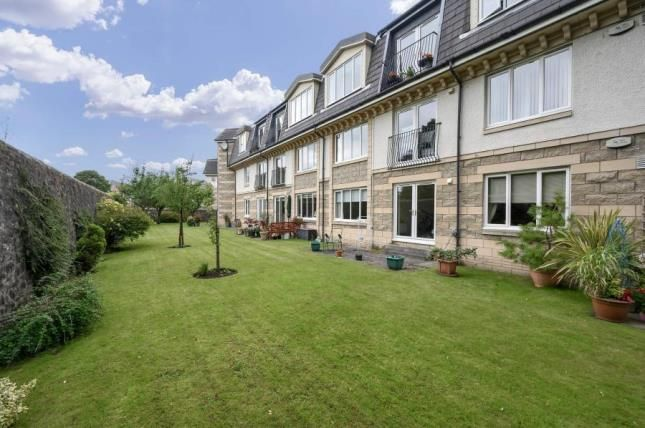 Thumbnail Flat for sale in Beechwood Gardens, Stirling, Stirlingshire