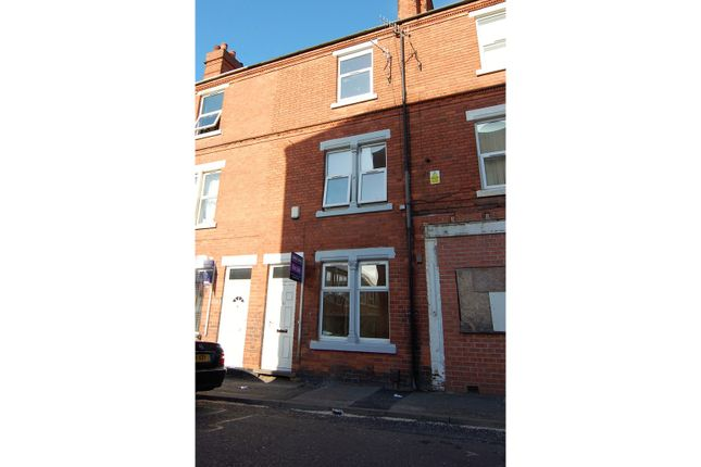 3 bed terraced house for sale in Eland Street, Basford