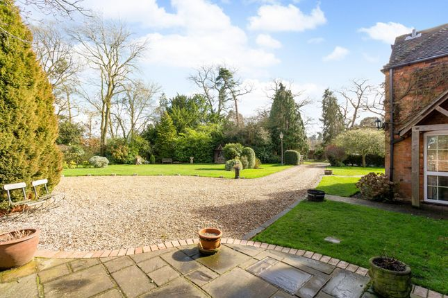 Garden of Stanbury Park, Wellington Court, Reading RG7