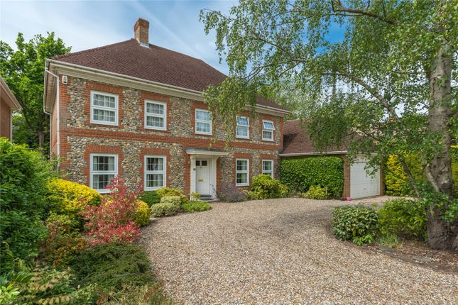 Thumbnail Detached house to rent in St Huberts Close, Gerrards Cross, Buckinghamshire