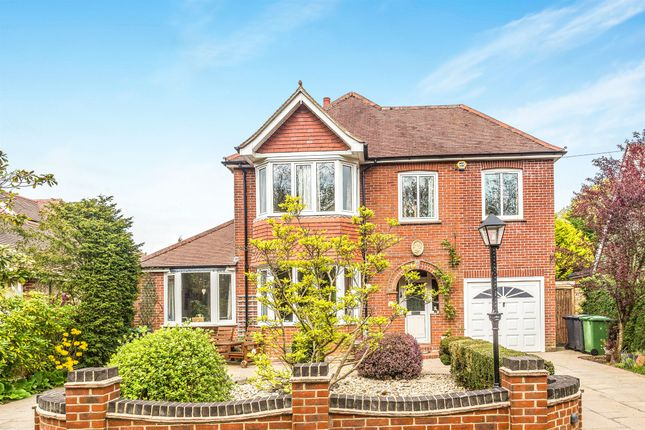 Thumbnail Detached house for sale in Portsmouth Road, Horndean, Waterlooville