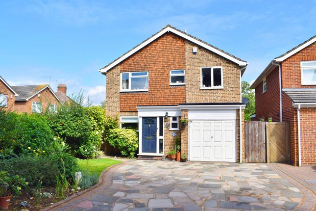 Thumbnail Detached house for sale in Rosewood Close, Sidcup, Kent
