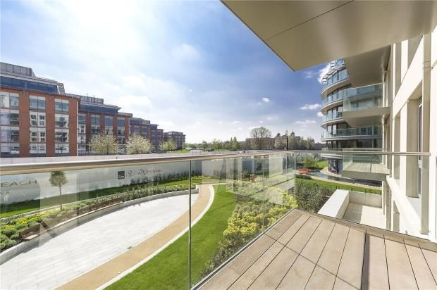 Thumbnail Flat for sale in Faulkner House, Fulham Reach, Distillery Road, Fulham