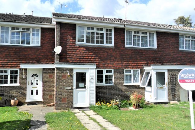 Thumbnail Terraced house to rent in Waterside Close, Bordon