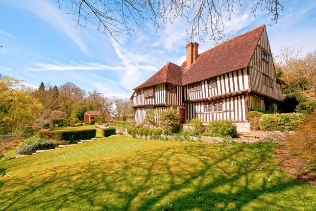 Thumbnail Detached house for sale in Bottlescrew Hill, Boughton Monchelsea, Maidstone