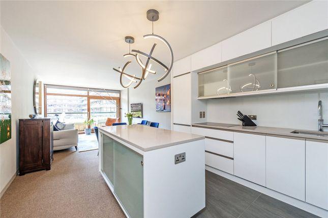 Picture No. 31 of Defoe House, Barbican, London EC2Y