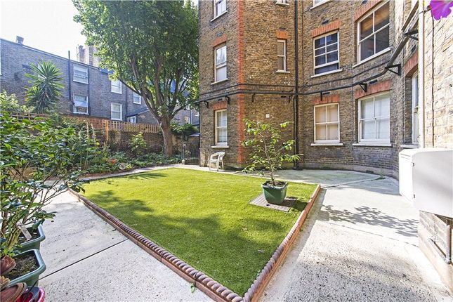 Communal Garden of Colehill Gardens, Fulham Palace Road, Fulham, London SW6