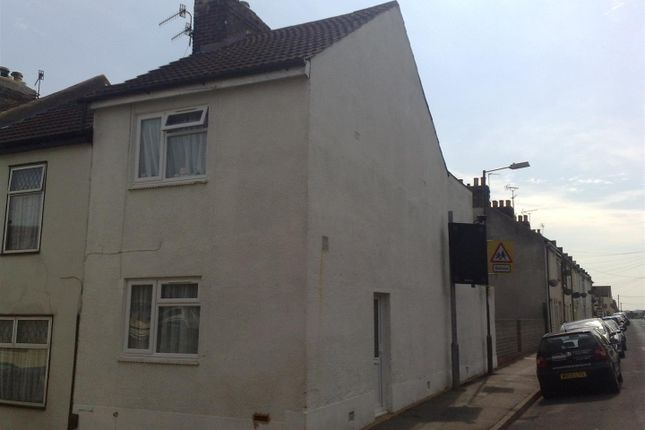 Thumbnail Property to rent in Natal Road, Chatham