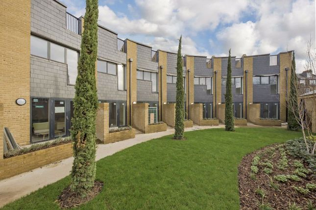 Thumbnail Property for sale in Brixton Hill, London