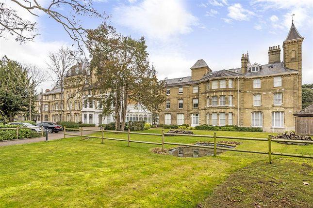 Thumbnail Flat to rent in Langdon Park, Teddington
