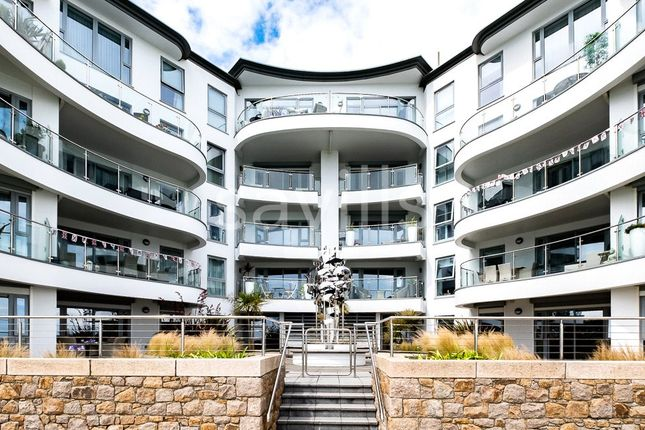 Thumbnail Flat for sale in The Carlton, Havre Des Pas, St Helier