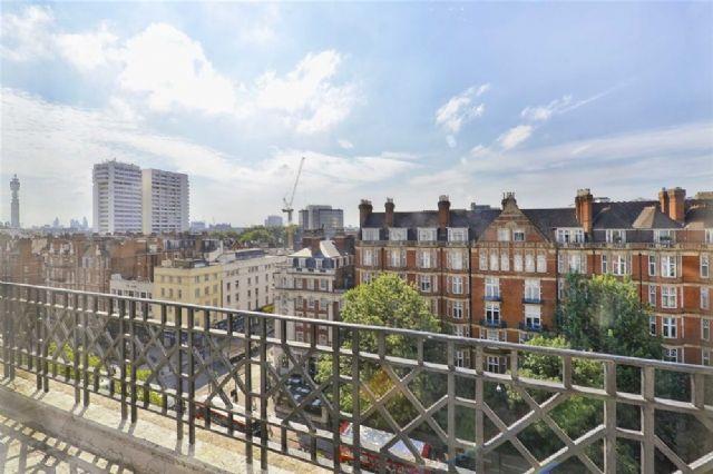 Thumbnail Flat to rent in Berkeley Court, Marylebone Road, Regent's Park, London