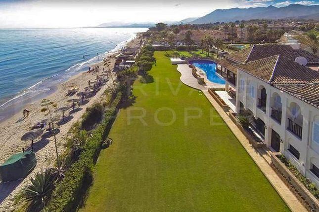Thumbnail Villa for sale in Las Chapas, Marbella, Málaga, Spain