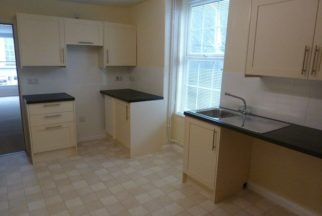 Thumbnail Flat to rent in Flat 4, Manchester Place, Huntingdon