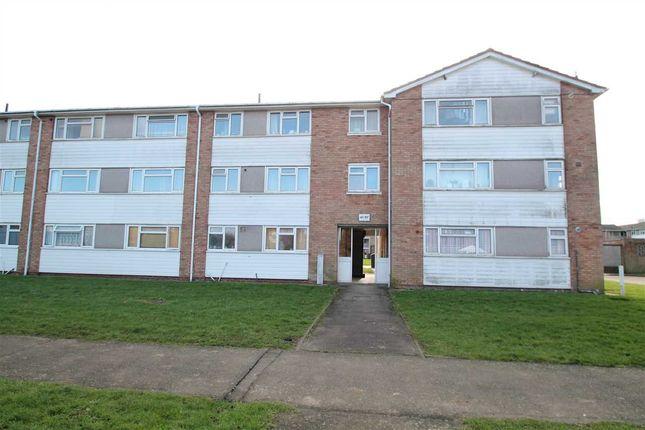 Thumbnail Flat to rent in Ellis Road, Old Coulsdon, Coulsdon