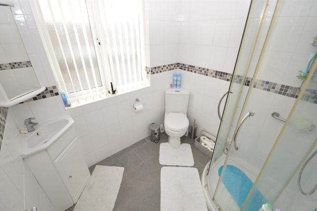 Shower Room of Woodside Avenue South, Green Lane, Coventry CV3