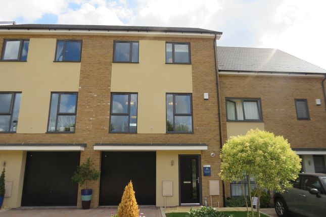 Thumbnail Terraced house for sale in Thorpe Road, Longthorpe, Peterborough