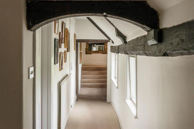 House. Estate Agency Cranleigh Corridor