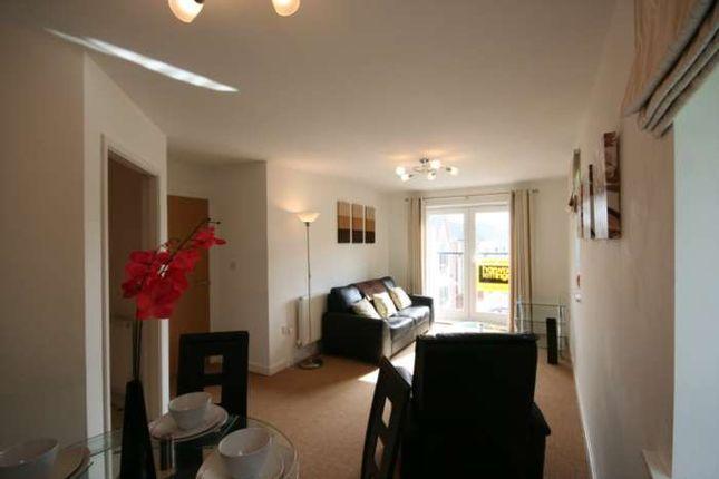 2 bed flat to rent in Latchford, Warrington WA4