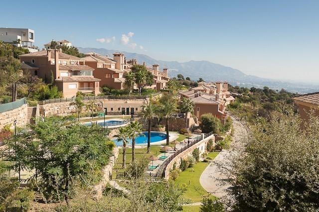 Thumbnail Apartment for sale in La Mairena, Málaga, Spain