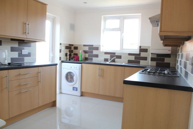 Thumbnail Semi-detached bungalow to rent in Camborne Way, Heston