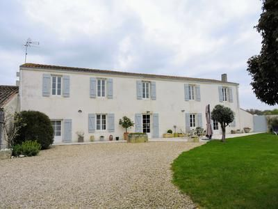 Thumbnail Property for sale in La-Rochelle, Charente-Maritime, France