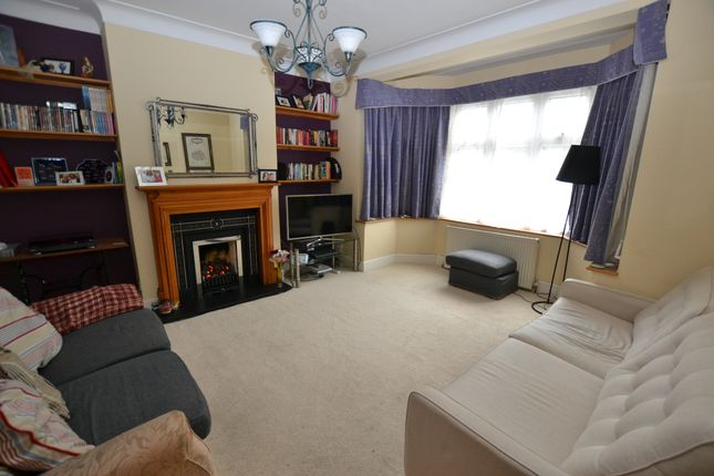 4 Bed Semi Detached House For Sale In Larkshall Road Chingford E4