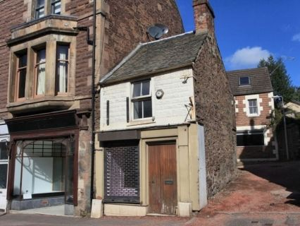 Thumbnail Retail premises for sale in West High Street, Crieff