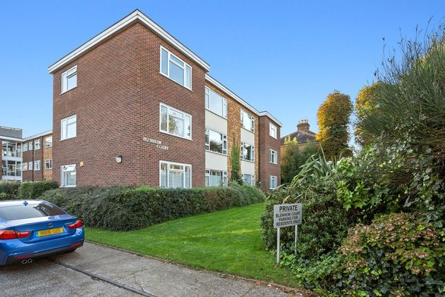 2 bed flat for sale in Horn Lane, Woodford Green IG8