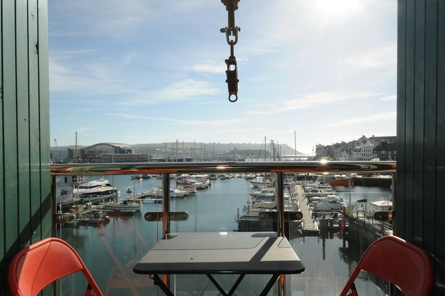 Thumbnail Flat to rent in Vauxhall Quay, Cattedown, Plymouth
