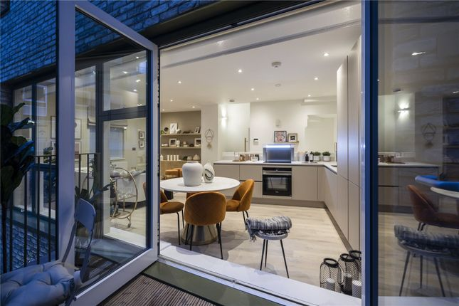 Thumbnail Terraced house for sale in Kiln Place, London