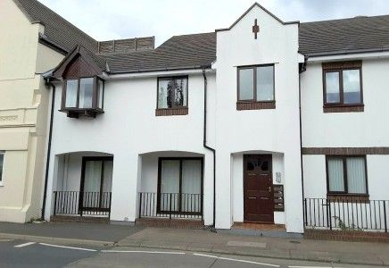 Thumbnail Flat to rent in Ramsey, Isle Of Man IM81Da