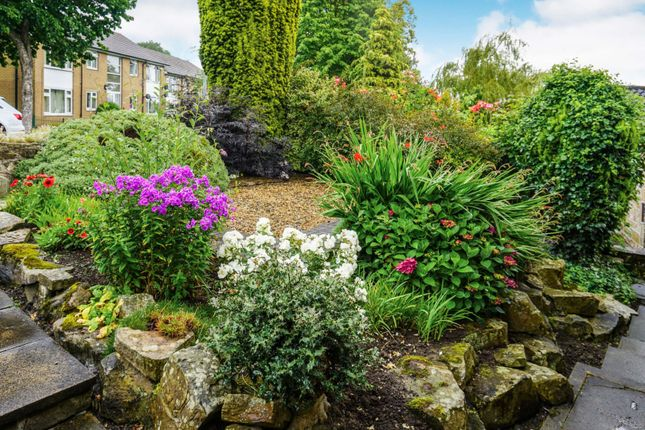 Front Garden of Netherwood Close, Huddersfield HD2