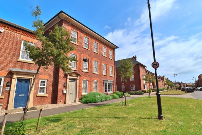 1 bed terraced house to rent in Greenkeepers Road, Great Denham, Bedford MK40
