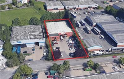 Thumbnail Light industrial to let in Unit 2, Millshaw Park Avenue, Leeds, West Yorkshire