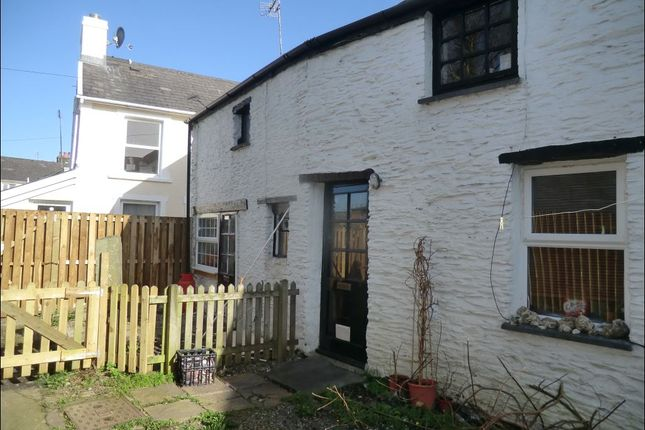 Thumbnail Cottage to rent in River Walk, Llanybydder